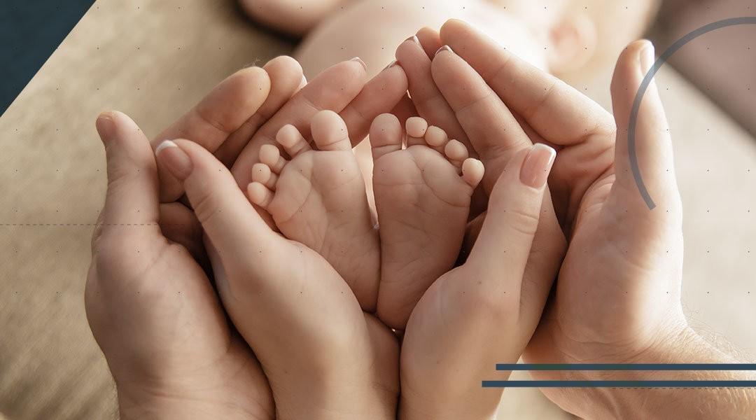 Il piede e la caviglia del bambino