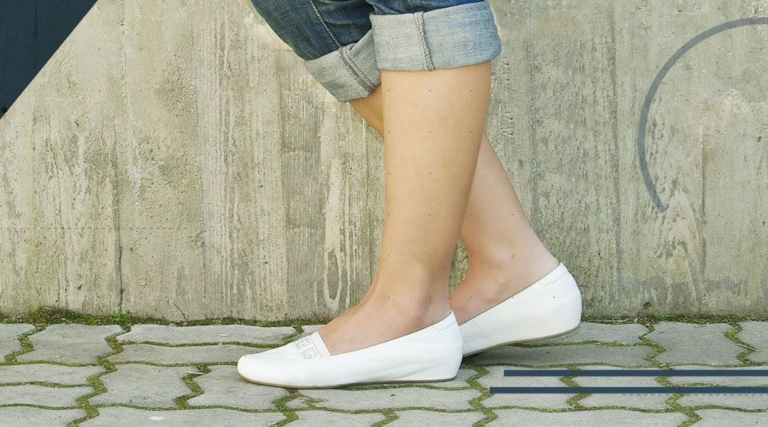 Il piede piatto: caratteristiche, sintomi e rimedi