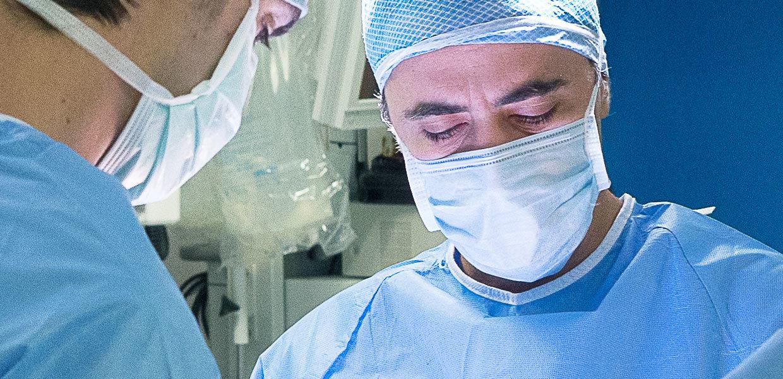 dr-usuelli-operazione-paziente-alluce-valgo-min