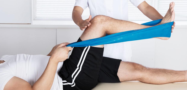 stretching-gamba-post-riabilitazione-min