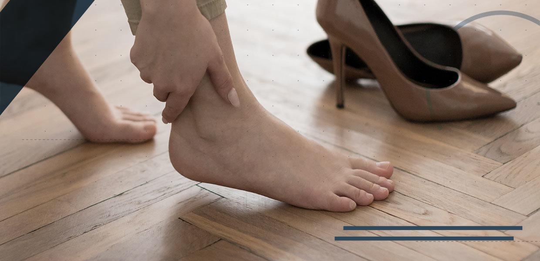 lesioni-della-caviglia-piede-tacchi-min