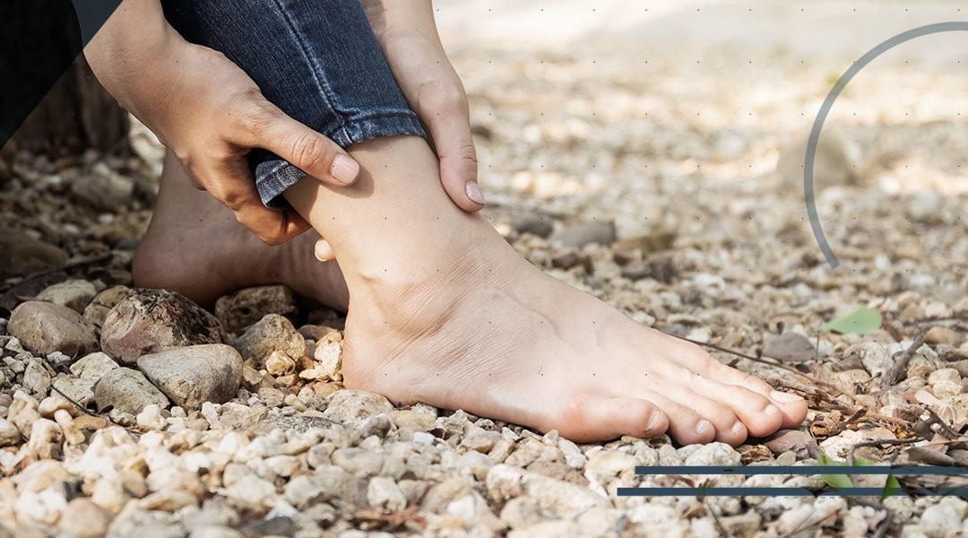 Distorsione caviglia: tempi di recupero