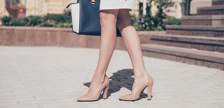 scarpa con tacco alluce valgo